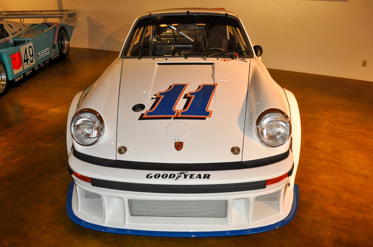 77 Porsche 934.5 05