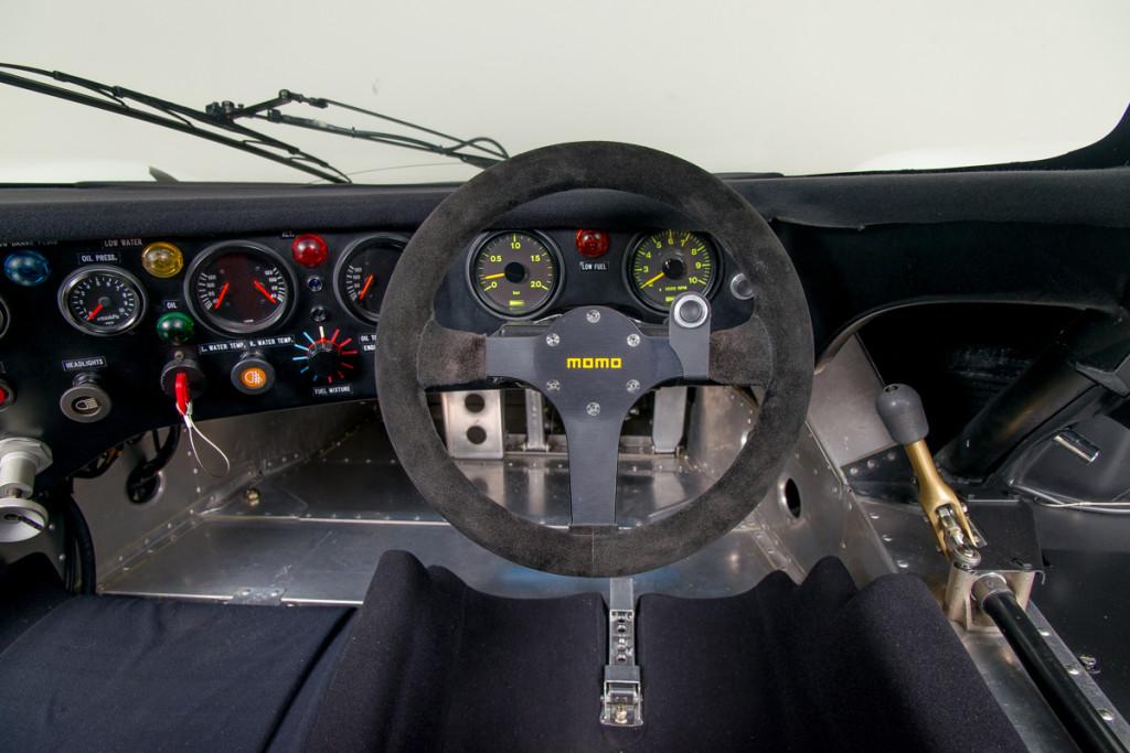 85 Porsche 962C 37