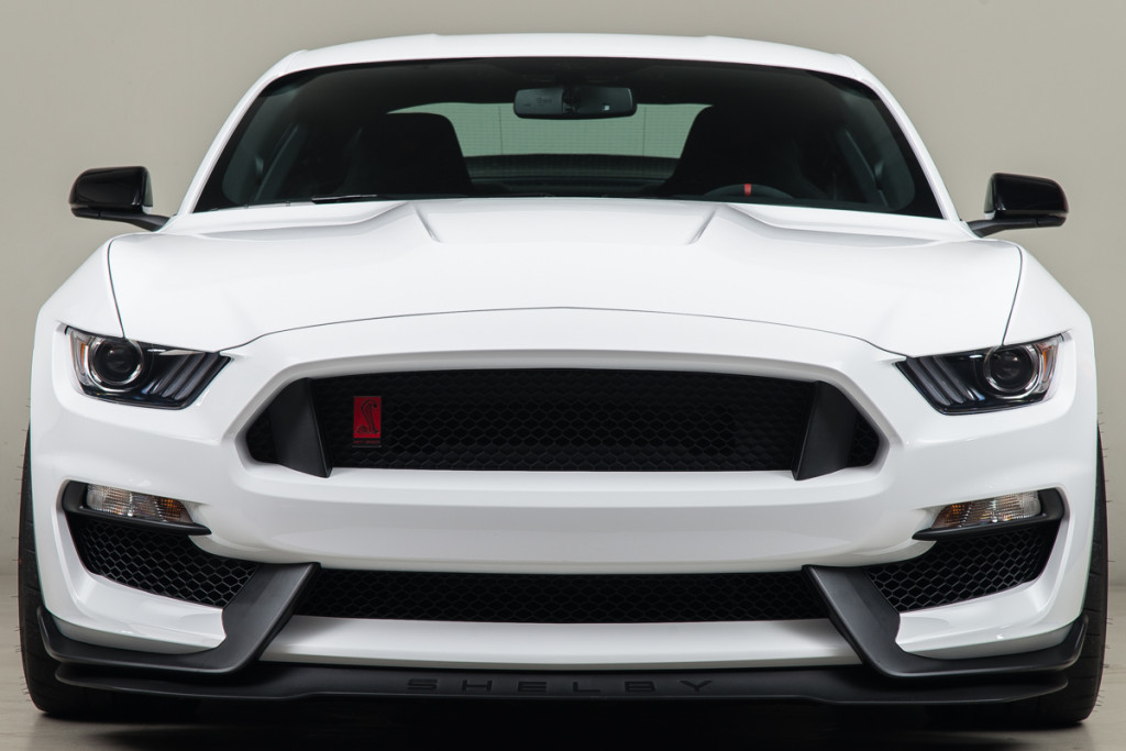 15 Shelby GT350R 08