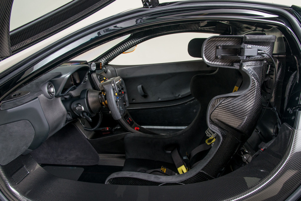 16 McLaren P1 GTR 10