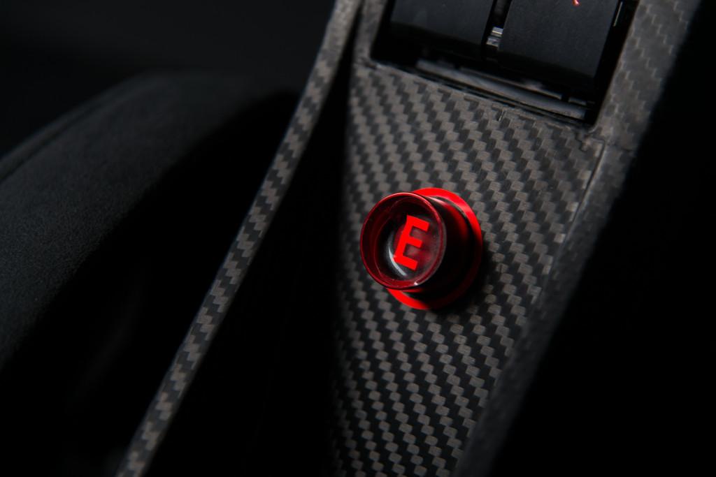 16 McLaren P1 GTR 24
