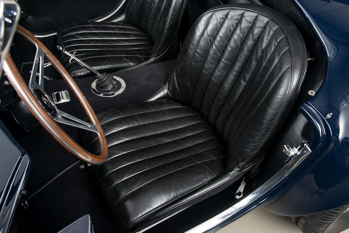 67 Shelby 427 Cobra 09