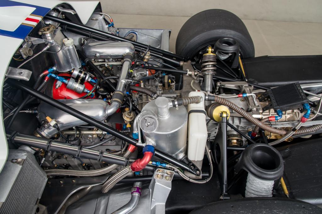 85 Porsche 962C 25