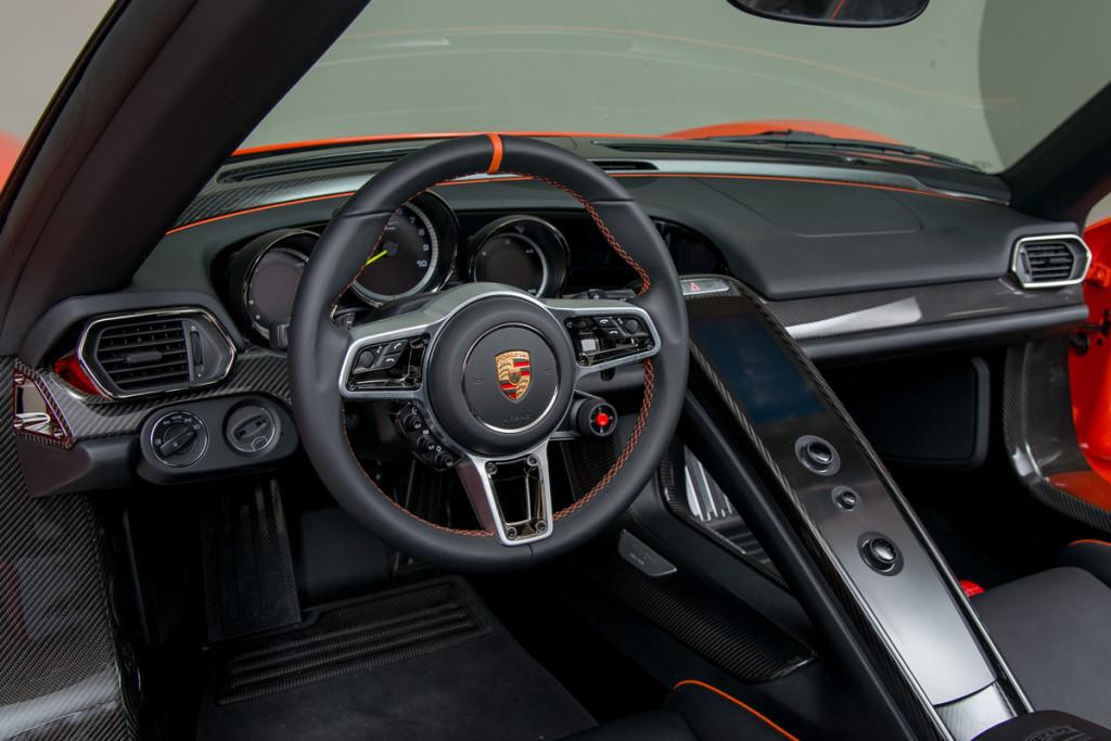 15 Porsche 918 Spyder 12