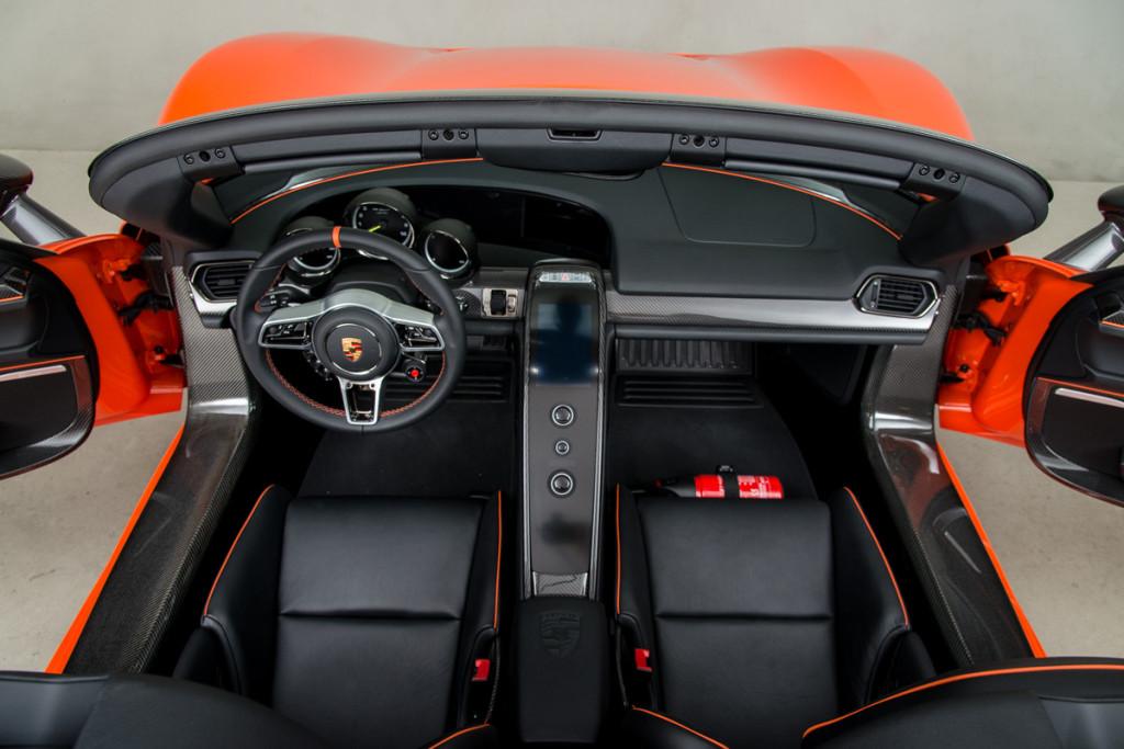 15 Porsche 918 Spyder 13