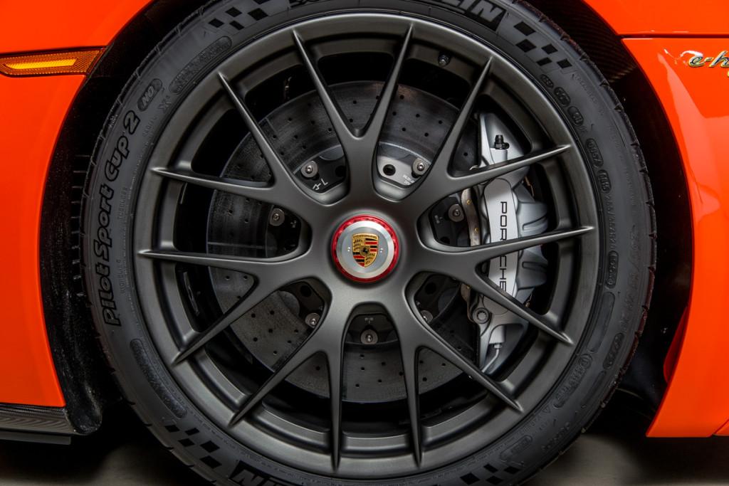 15 Porsche 918 Spyder 21