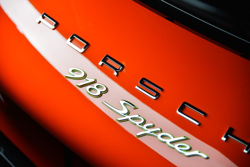 15 Porsche 918 Spyder 37