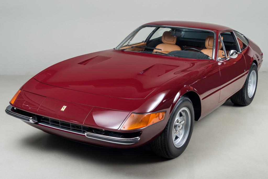 72 Ferrari Daytona 01
