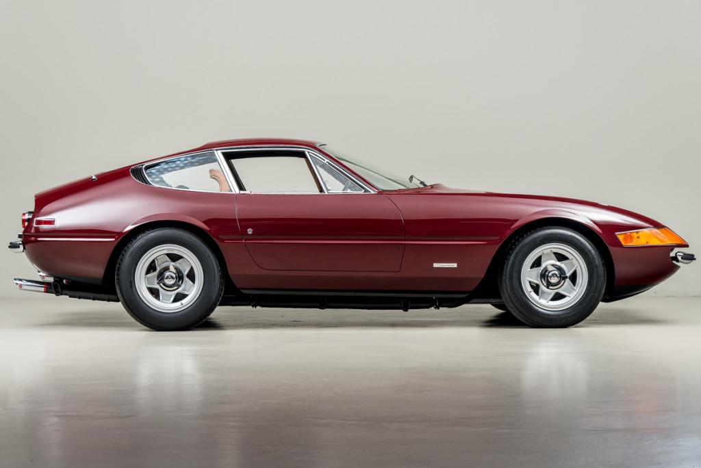 72 Ferrari Daytona 04