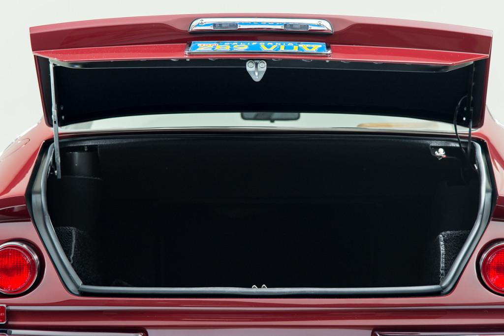 72 Ferrari Daytona 17