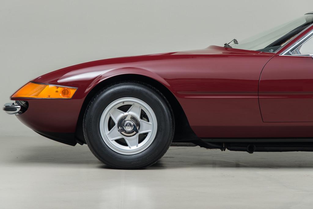 72 Ferrari Daytona 49
