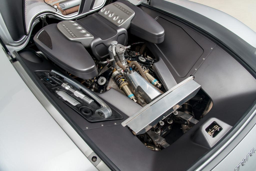 00 Porsche Carrera GT Prototype 18