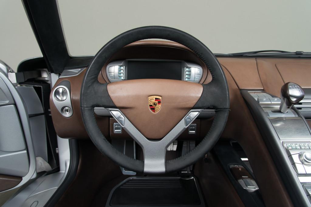 00 Porsche Carrera GT Prototype 28