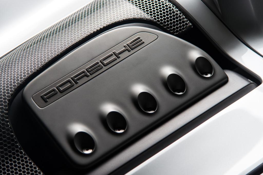 00 Porsche Carrera GT Prototype 36