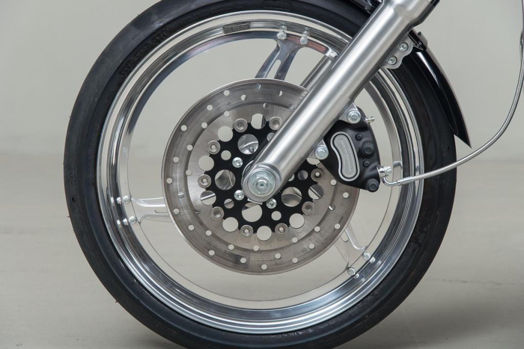 06 Harley Davidson Drag Bike 11