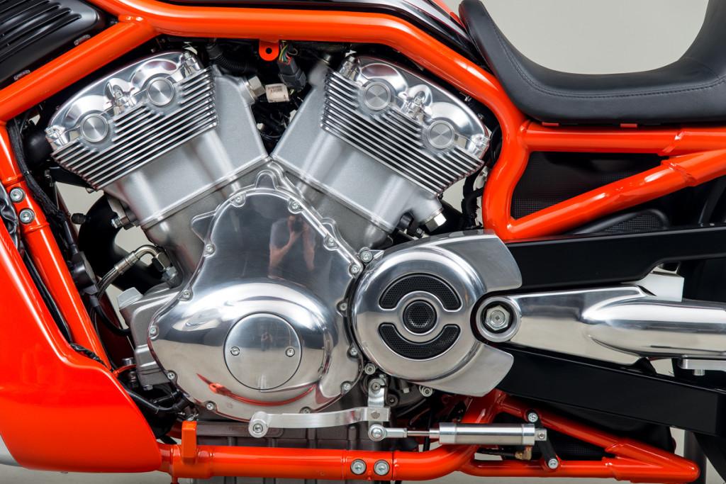 06 Harley Davidson Drag Bike 14