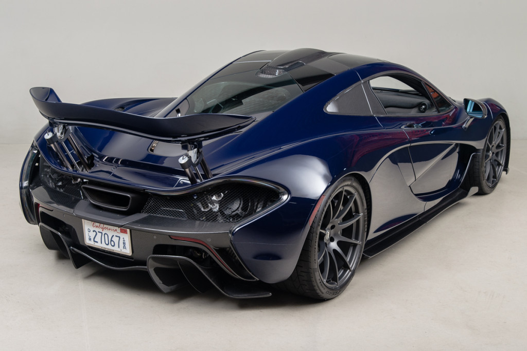 14 McLaren P1 06