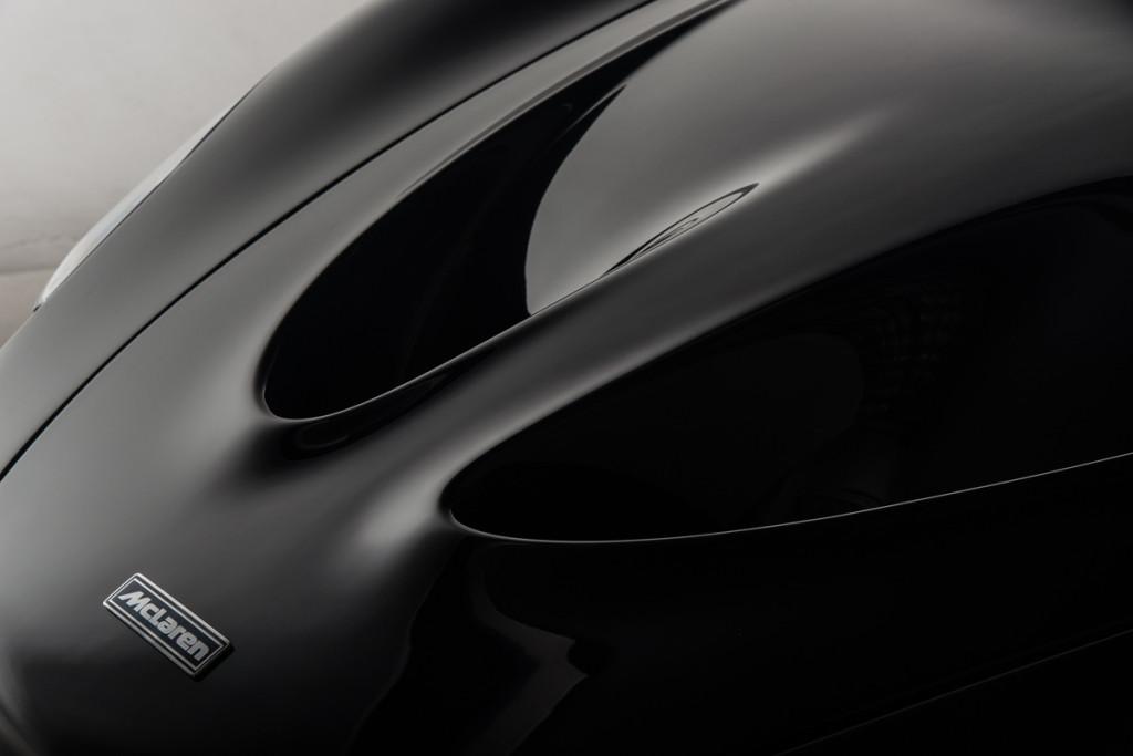 14 McLaren P1 45