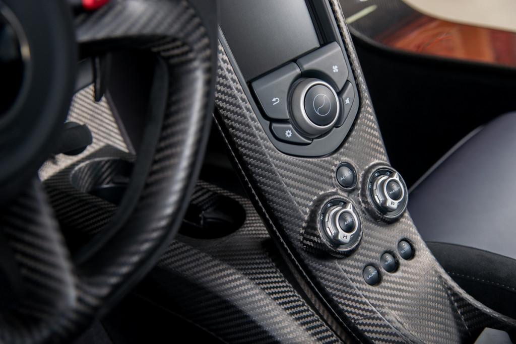 14 McLaren P1 55