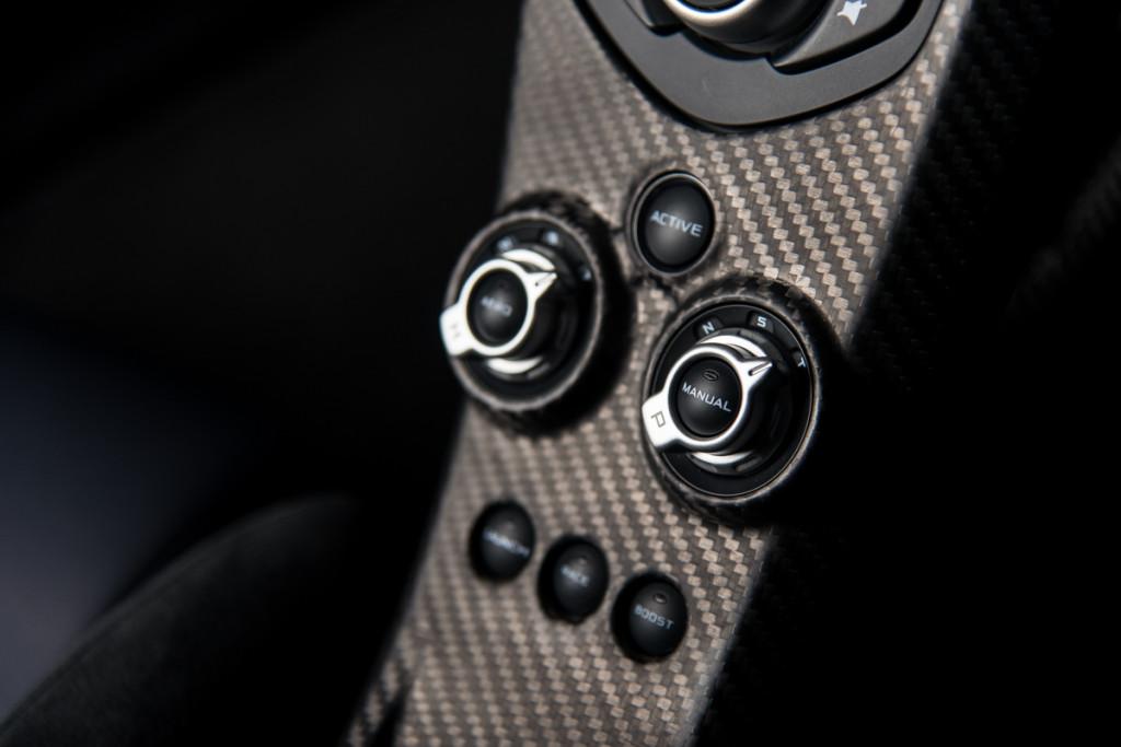 14 McLaren P1 56
