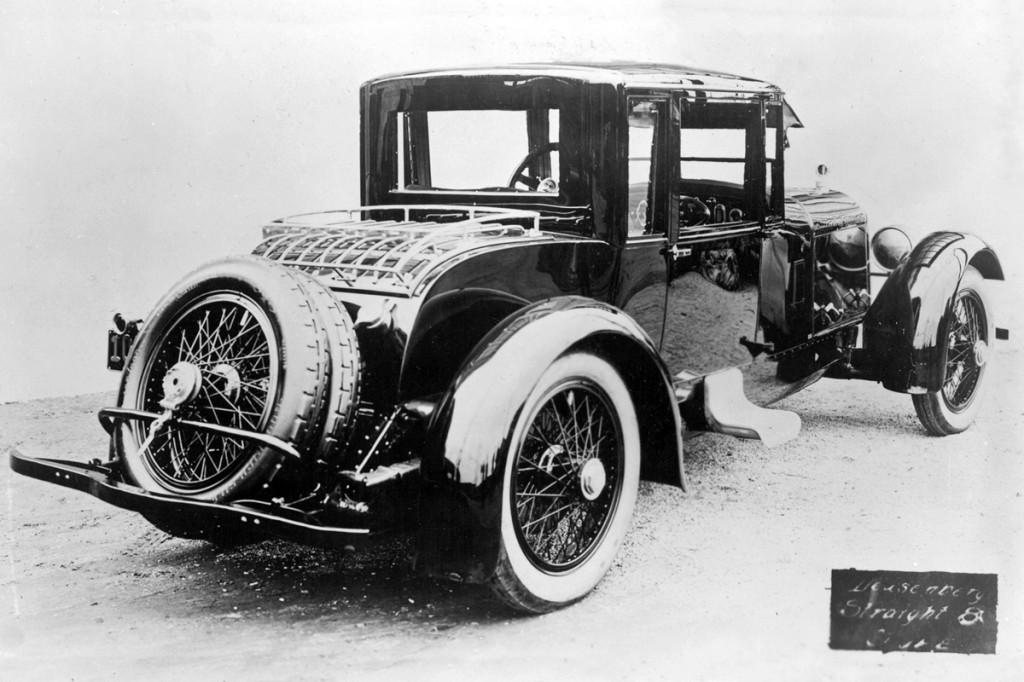 21 Duesenberg Model A 09