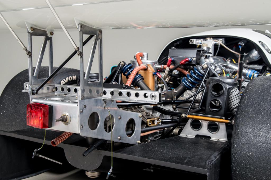 90 Porsche 962 24