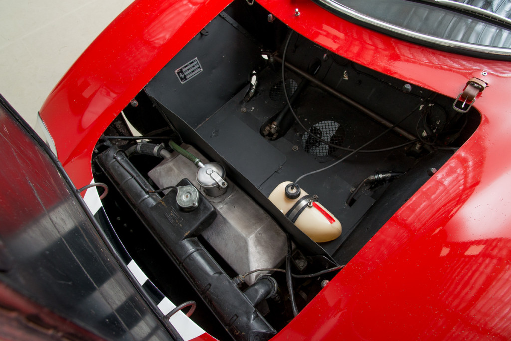 65 Ferrari 250LM 23