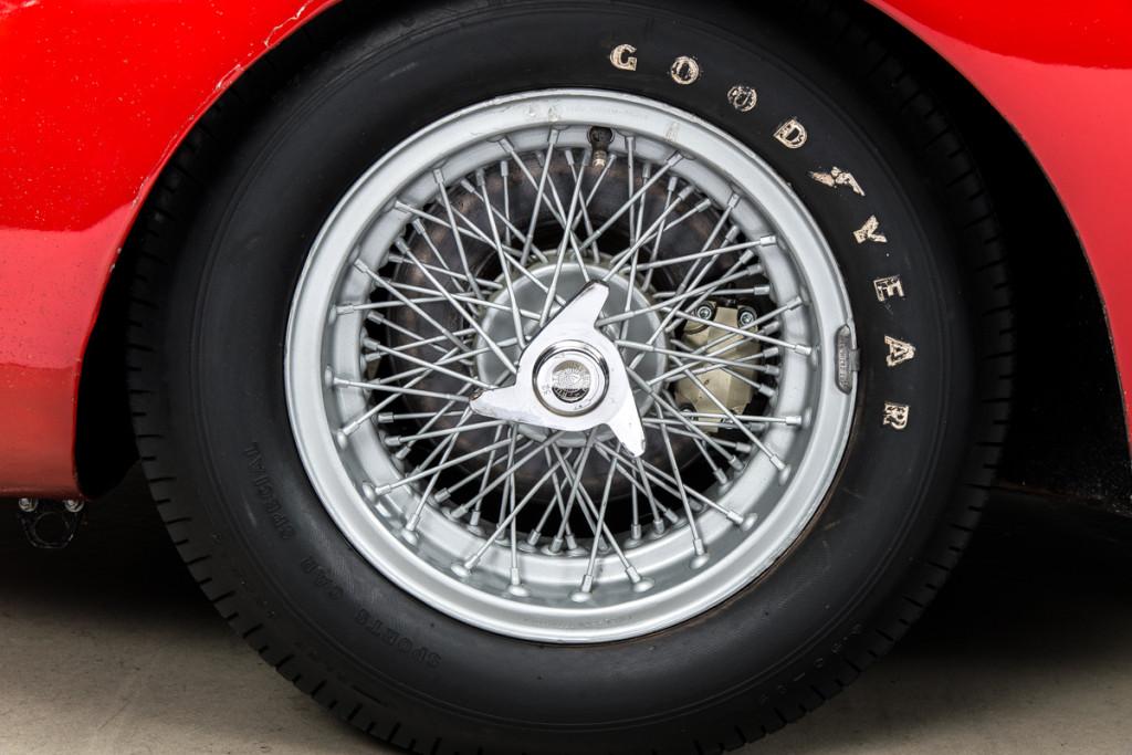 65 Ferrari 250LM 37