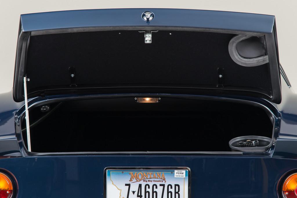 65 Ferrari 275 GTB 18