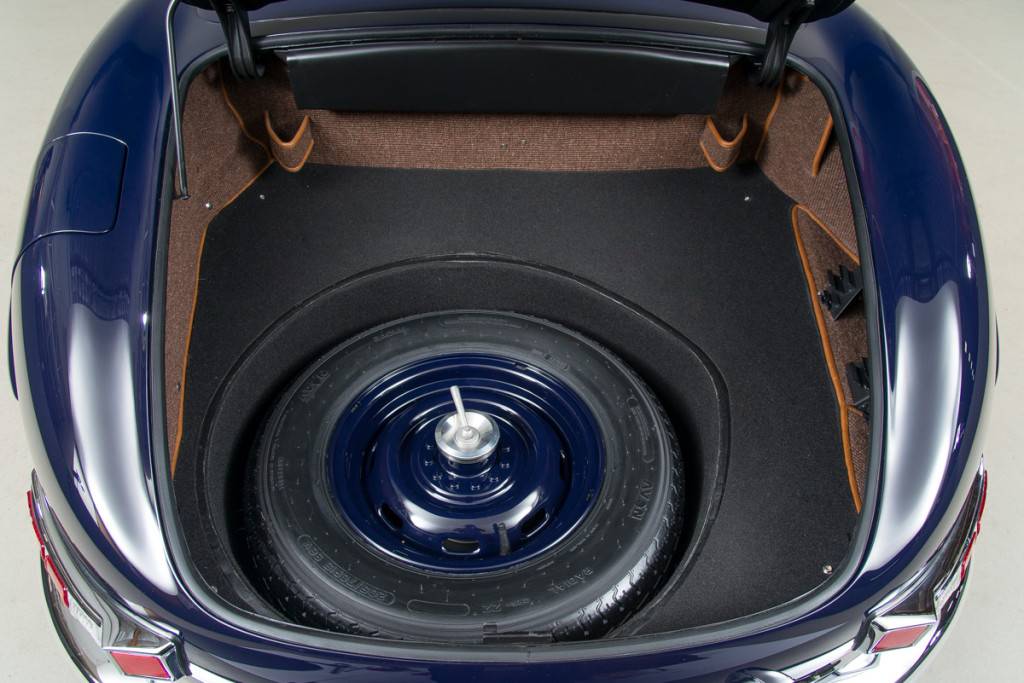 61 Mercedes 300SL Roadster 24