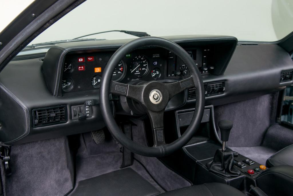 79 BMW M1 11