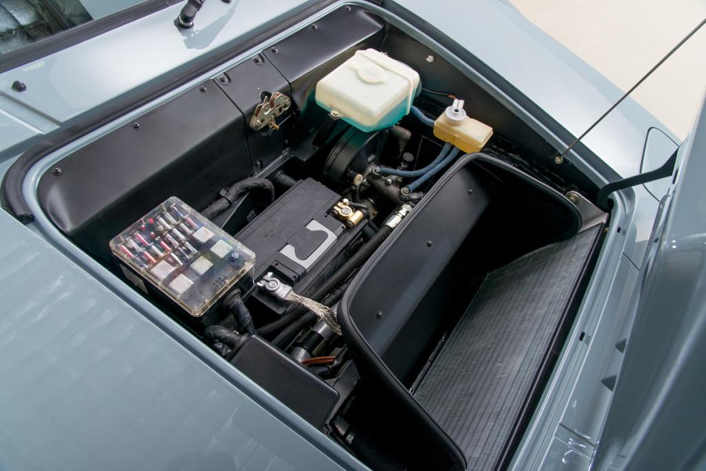 79 BMW M1 26
