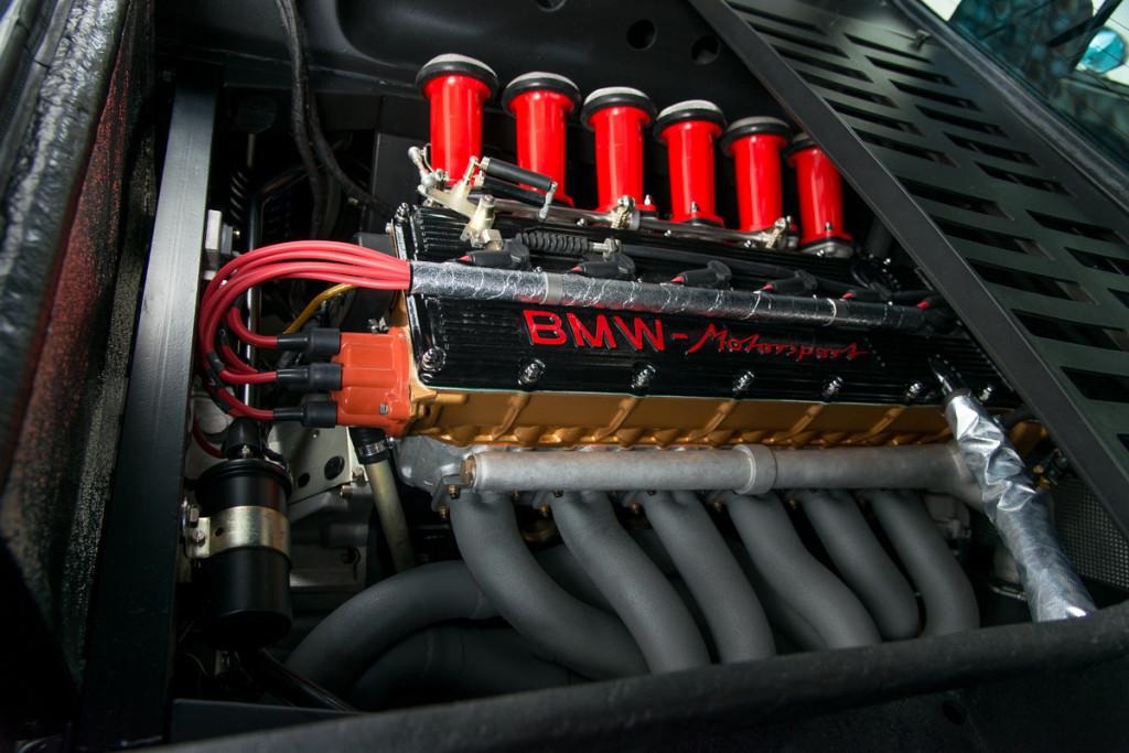 79 BMW M1 31