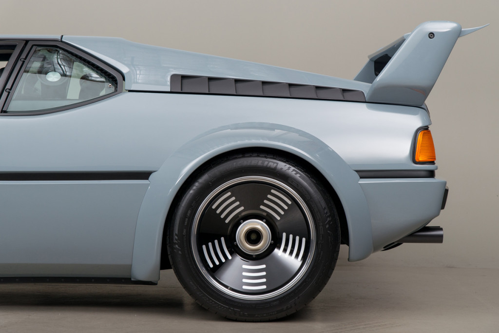 79 BMW M1 57
