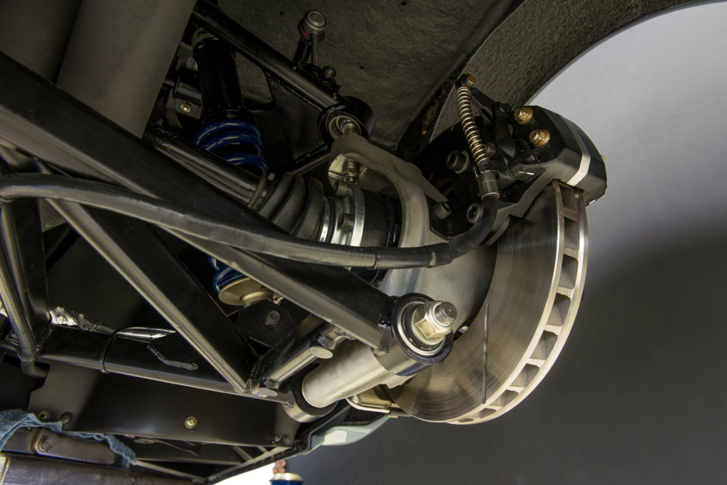 79 BMW M1 73