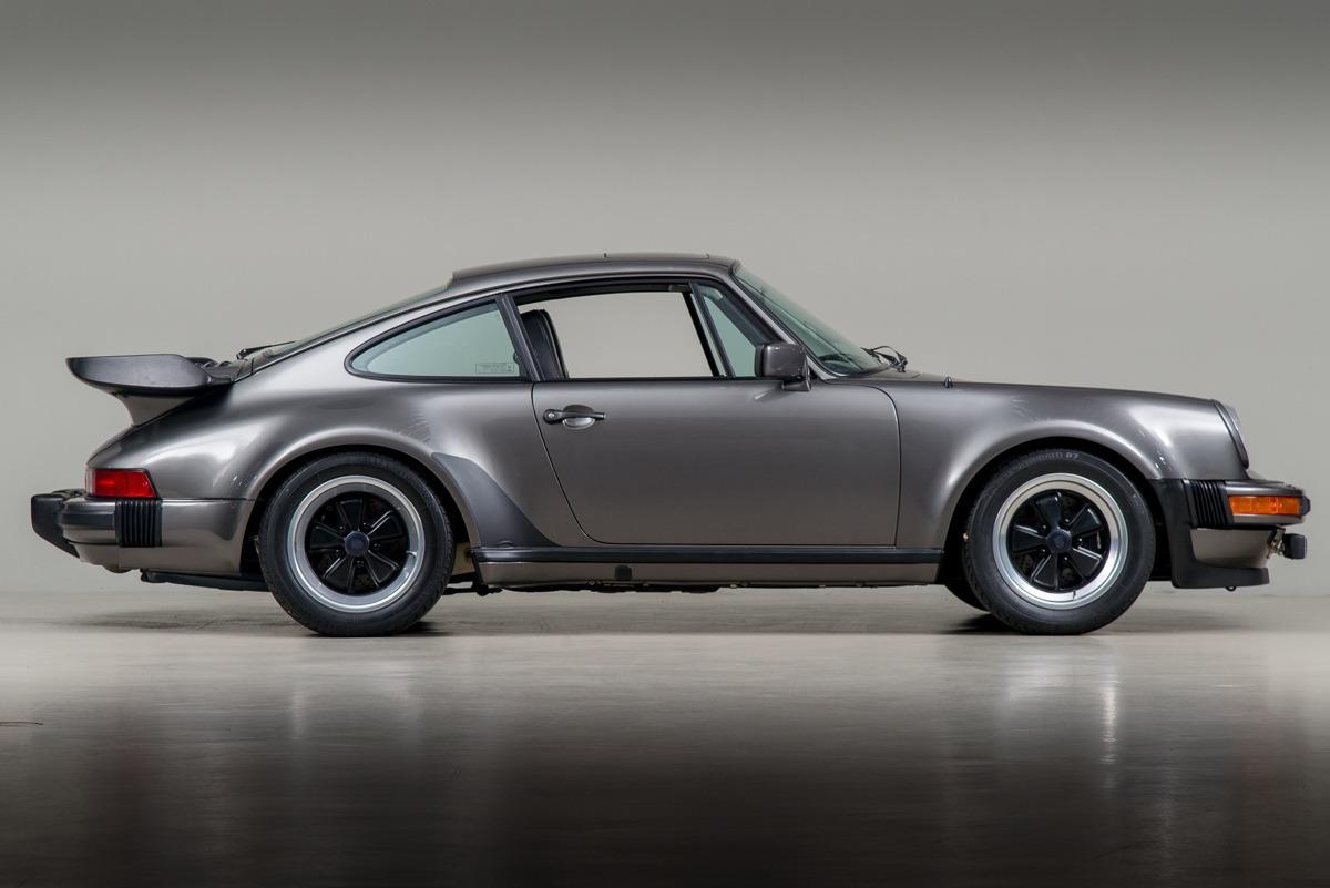 79 Porsche 911 Turbo 04