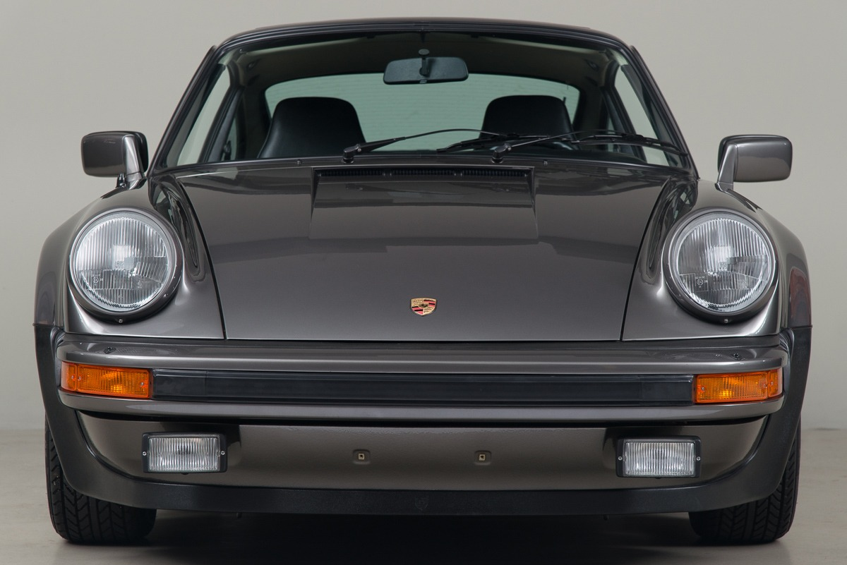 79 Porsche 911 Turbo 08