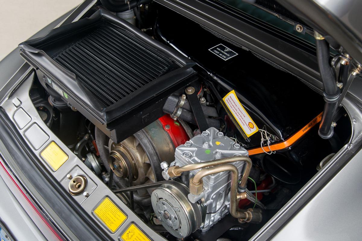 79 Porsche 911 Turbo 26