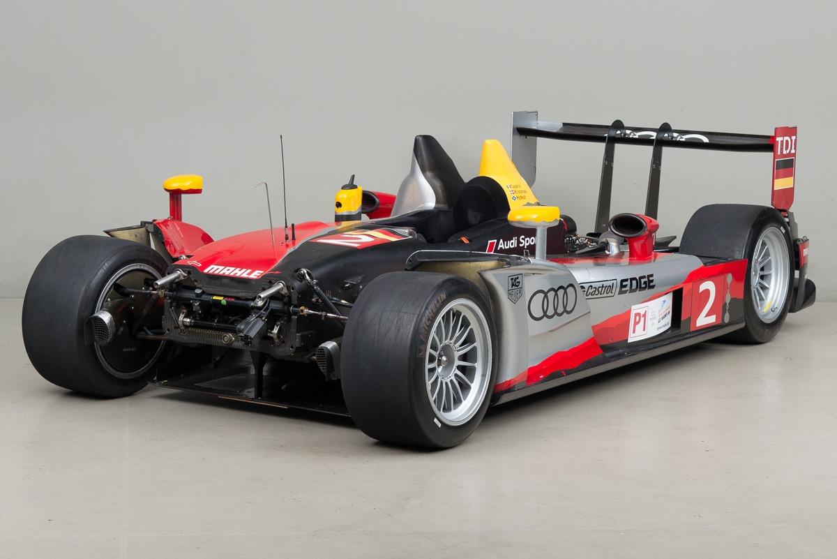 09 Audi R15 11