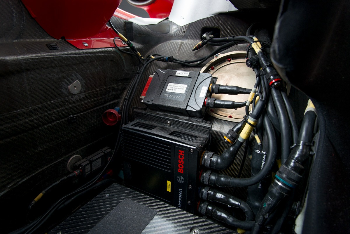 09 Audi R15 37
