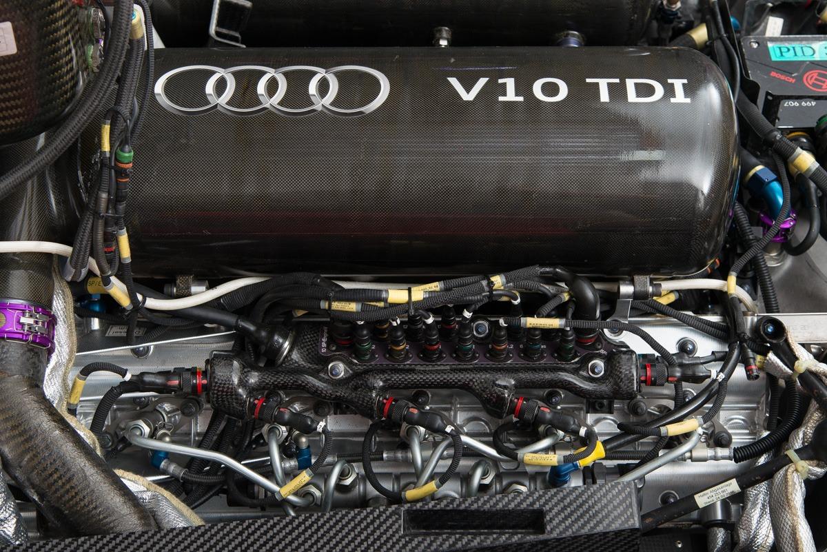 09 Audi R15 55