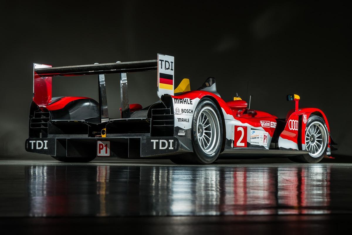 09 Audi R15 71