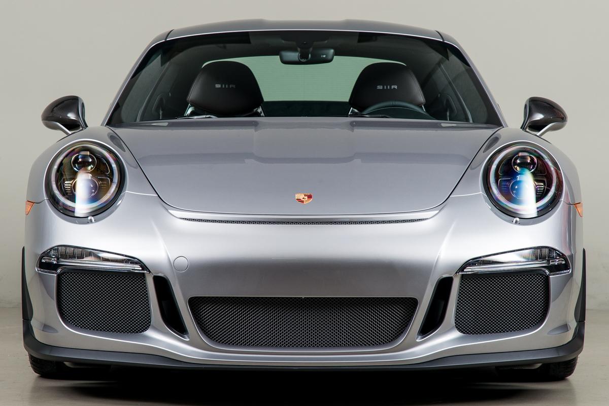 16 Porsche 911R 09