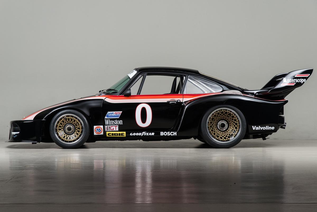79 Porsche 935 03