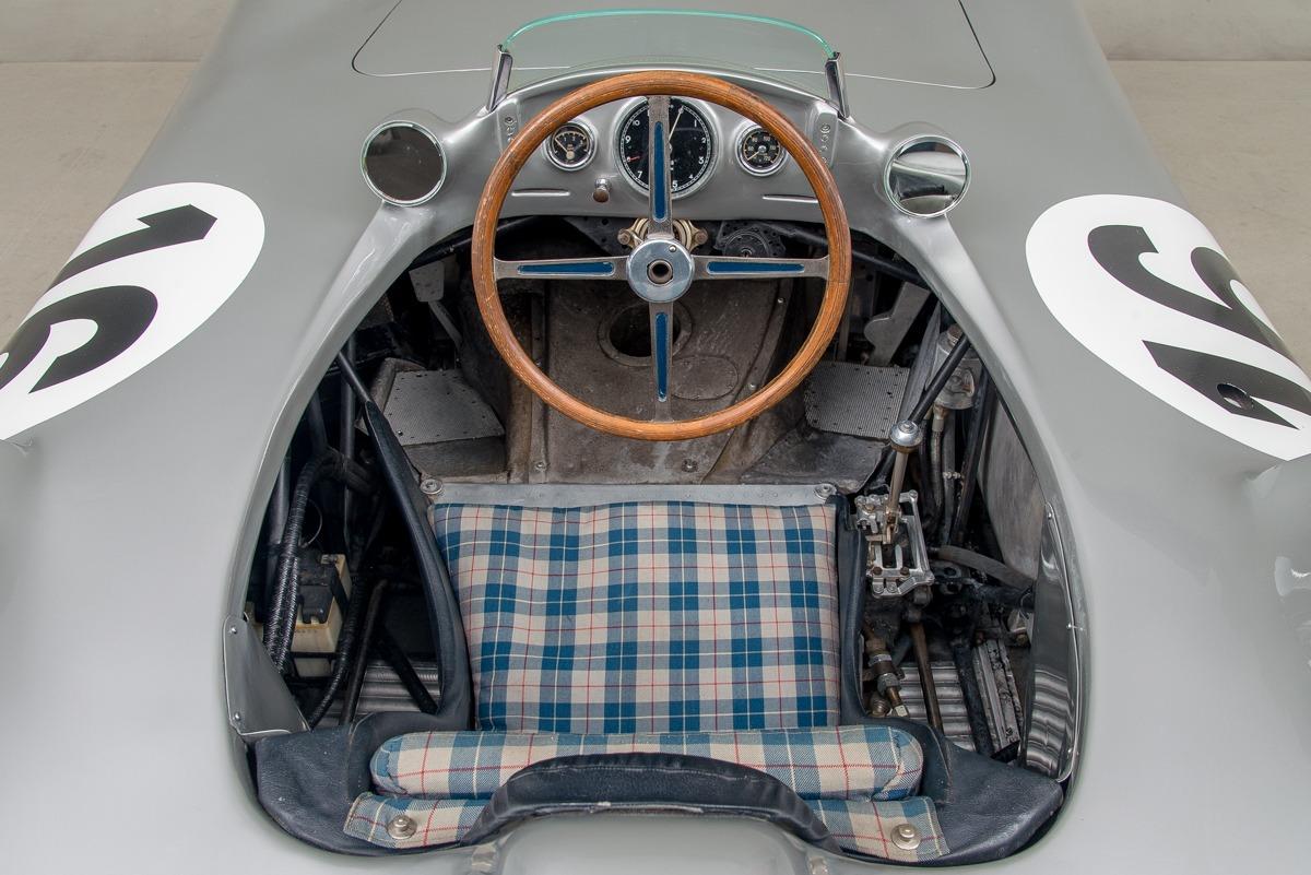 54 Mercedes W196 11