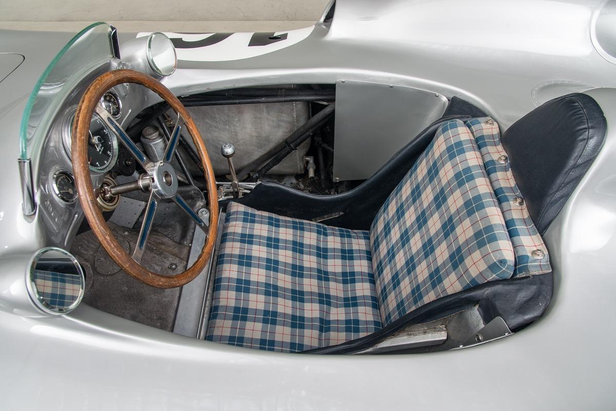 54 Mercedes W196 13